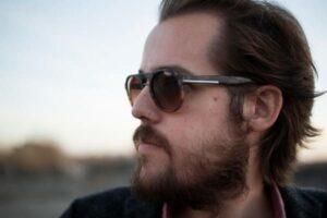 foto-óculos-de-sol masculino